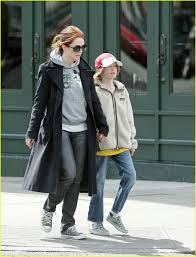 julianne moore mom u0027s the word photo 109041 bart freundlich