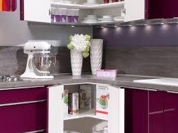 cuisine couleur aubergine cuisine girly cuisines aviva placard de cuisine couleur