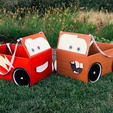 best halloween costumes for 9 year old boy mcqueen u0026 mater box car costumes car costume engine and costumes