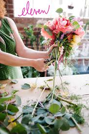 How To Make A Bridal Bouquet How To Make A Colorful Oversized Wedding Bouquet A Practical