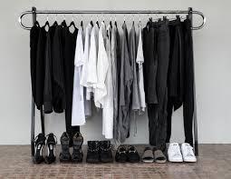 closet minimizing upsides downsizing u0026 i got started