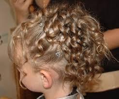 coiffure mariage enfant coiffure fille pour mariage photo femmes