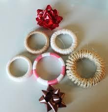 Diy Wreaths Diy Christmas Gift Idea Mason Jar Lid Wreaths