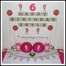 strawberry shortcake party supplies shop online personalised strawberry shortcake party decorations