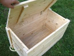 Building Wood Toy Box by Best 25 Wood Storage Box Ideas On Pinterest Wood Storage