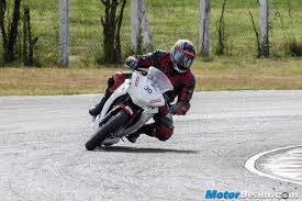 honda cbr latest bike 2015 honda cbr250r one make race bike review
