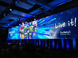 global networking event unites more than 1 400 of the world s top