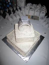 3 d engagement ring made out of fondant and gumpaste cakecentral com