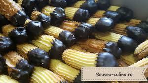 cuisine de sousou petits fours rosaces et bâtonnets enrobés de chocolat délice