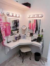 Bedroom Makeup Vanity With Lights Glamorous Bedroom Makeup Vanity Bedroom Ideas