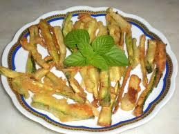 fiori di zucca fritti in pastella straccetti di zucchine in pastella alla birra ricetta unadonna