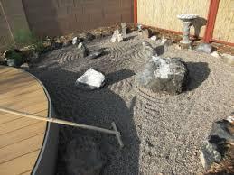 Pea Gravel Front Yard - everything zen a look at japanese zen gardens yard ideas blog