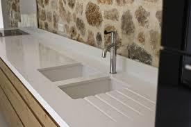 plan de travail de cuisine en granit plan de travail en granit blanc meuble et déco