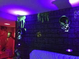 blacklight halloween party ideas blacklight halloween room bootsforcheaper com