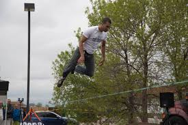 boulder colorado loosens park rules on slacklining grindtv com