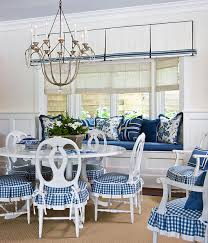 Beautiful Rooms In Blue And White Traditional Home - Blue and white dining room