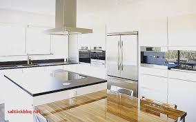 cuisine blanche avec plan de travail noir cuisine blanche avec parquet pour idees de deco plan travail bois