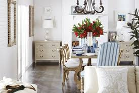coastal chic interiors design beside the seaside
