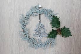 diy christmas wreath with daiso supplies sarach u0026 stefith