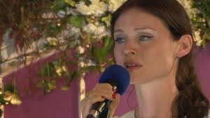 sophie ellis bextor covers jolene in the bbc music tepee at