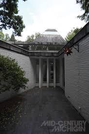 Interior Courtyard Gunnar Birkerts U2013 Freeman House U2013 Interior Courtyard