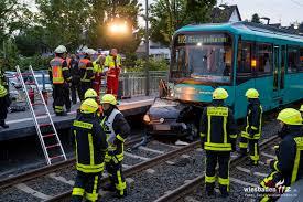 Jugendfeuerwehr Wiesbaden112 De Pkw Von U Bahn Erfasst U2013 Fahrerin Tödlich Verletzt Wiesbaden112 De
