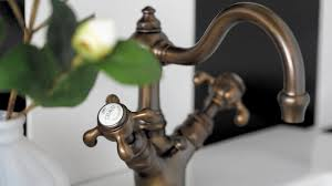 robinet cuisine ancien la robinetterie à l ancienne