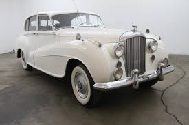 classic bentley 1952 bentley r type saloon by h j mulliner lhd beverly hills car