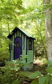 Outhouse Pedestal Toilet We Had A Nice Out House Sort Of Like This One And A Bath Tub Like
