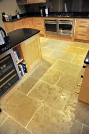 Travertine Floor Cleaning Houston by The 25 Best Travertine Floors Ideas On Pinterest Tile Floor
