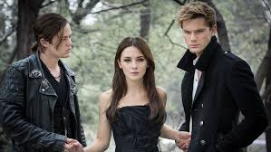 fallen film vf fallen sequel in development at aspire exclusive variety