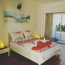 Bedroom Decorating Ideas For Couples Bedroom Furniture Romantic Bedroom Lighting Honeymoon Bed And