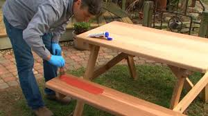 Outdoor Wood Furniture Easily Stain Your Outdoor Furniture Thompson U0027s Waterseal Easy