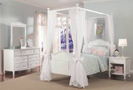 How To Decorate A Canopy Bed Decorate Full Canopy Bed U2014 Vineyard King Bed