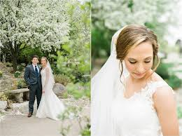 wedding photographers des moines ali leigh the april 21 25 friends flowers and