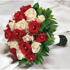 wedding flowers dubai buy online wedding bouquets in dubai and white roses