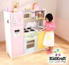cuisine enfant vintage cuisine enfant cuisine enfant cuisine en bois pour enfants