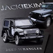toy jeep wrangler 4 door 1 32 jada jeep wrangler simulation alloy cars 1 32 collection