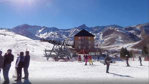 las lenas ski packages save up to 50 on 2017 18 ski deals