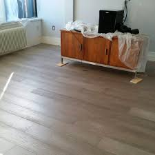 Silver Laminate Flooring Engineered Parquet Flooring Glued Floating Nailed Modern