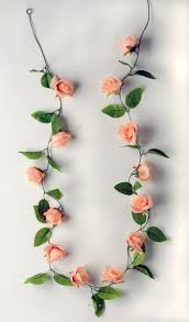 Guirlande Lumineuse Fleurs by Guirlande De Roses Artificielles L 280 Cm Et 34 Roses Et 68