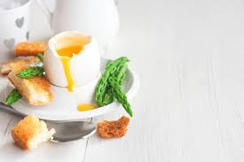 eat n eat more easy 5 reasons to eat more eggs especially if you want to lose weight
