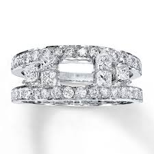 gaudy engagement rings 84 best engagement rings images on engagement rings