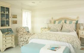 Eddie Bauer Bedroom Furniture by Coastal Cottage With Paint Color Ideas Home Bunch U2013 Interior