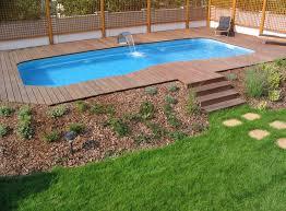 Cheap Backyard Landscaping Ideas Attractive Pool Landscaping Ideas On A Budget Garden Design Garden