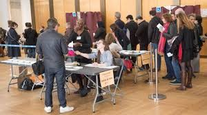 les bureaux de vote direct présidentielle les premiers bureaux de vote ferment