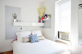 Basta Decoração de pequenos espaços: apartamento de 50 m² cheio de  @SW08