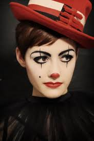 best 25 clown makeup ideas on pinterest harlequin makeup