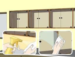 cleaning kitchen cabinets wood cleaning kitchen wood cabinets wow how to clean kitchen cabinets