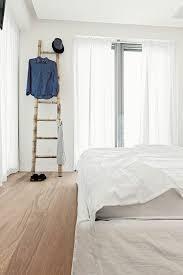 porte v黎ements chambre portant vetements bois original chambre ideeco